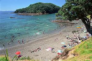 How Far Is Goat Island From Malaekahana Beach